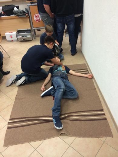 Erste Hilfe Kurs 2015 IV
